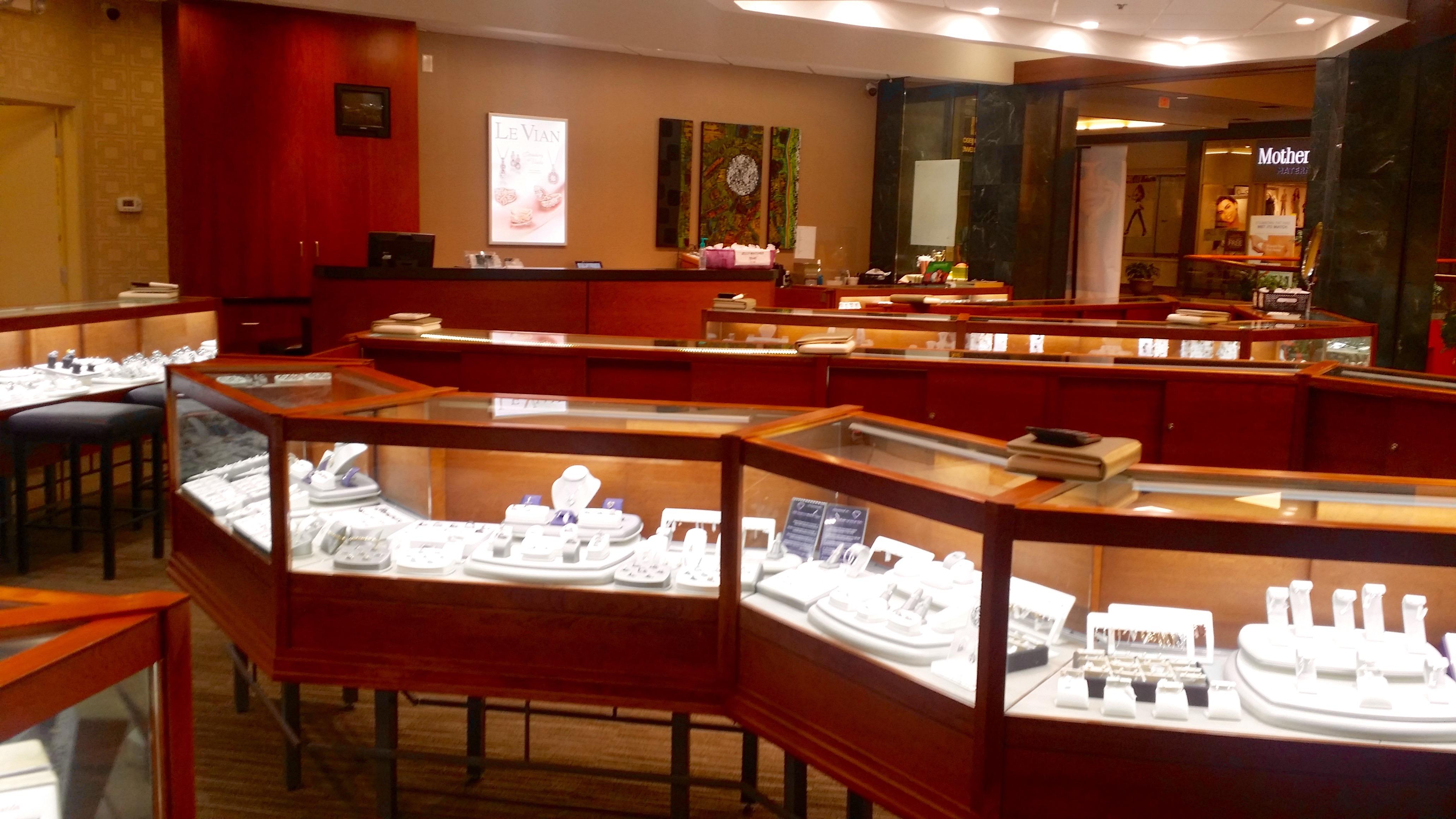 Jewelry green hills mall style guru fashion glitz for Jewelry stores rivergate tn